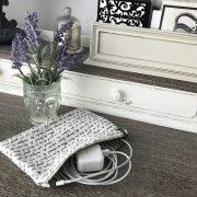 Zipper Pocket French Script on Desk